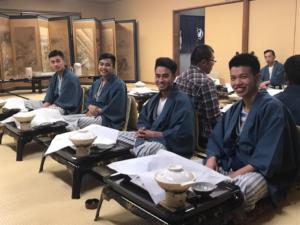 技能実習生も社員旅行 温泉で宴会を体験しました!